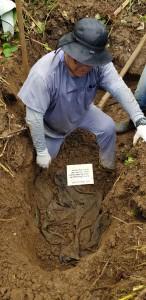 Exhumacion_en_terreno_de_los_Rosenthal