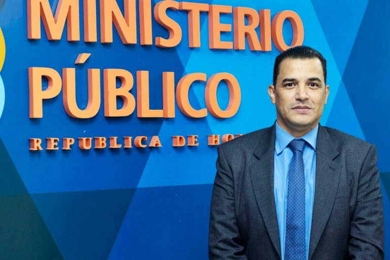 Dr Raudales