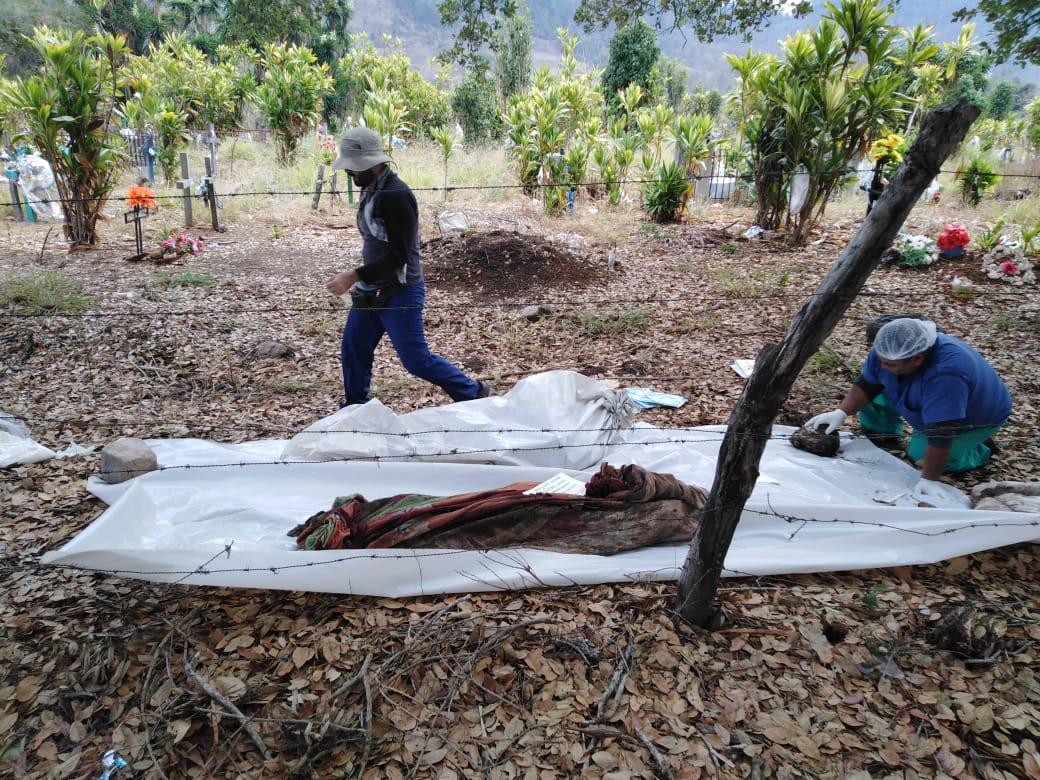 Exhumacion Olancho 2