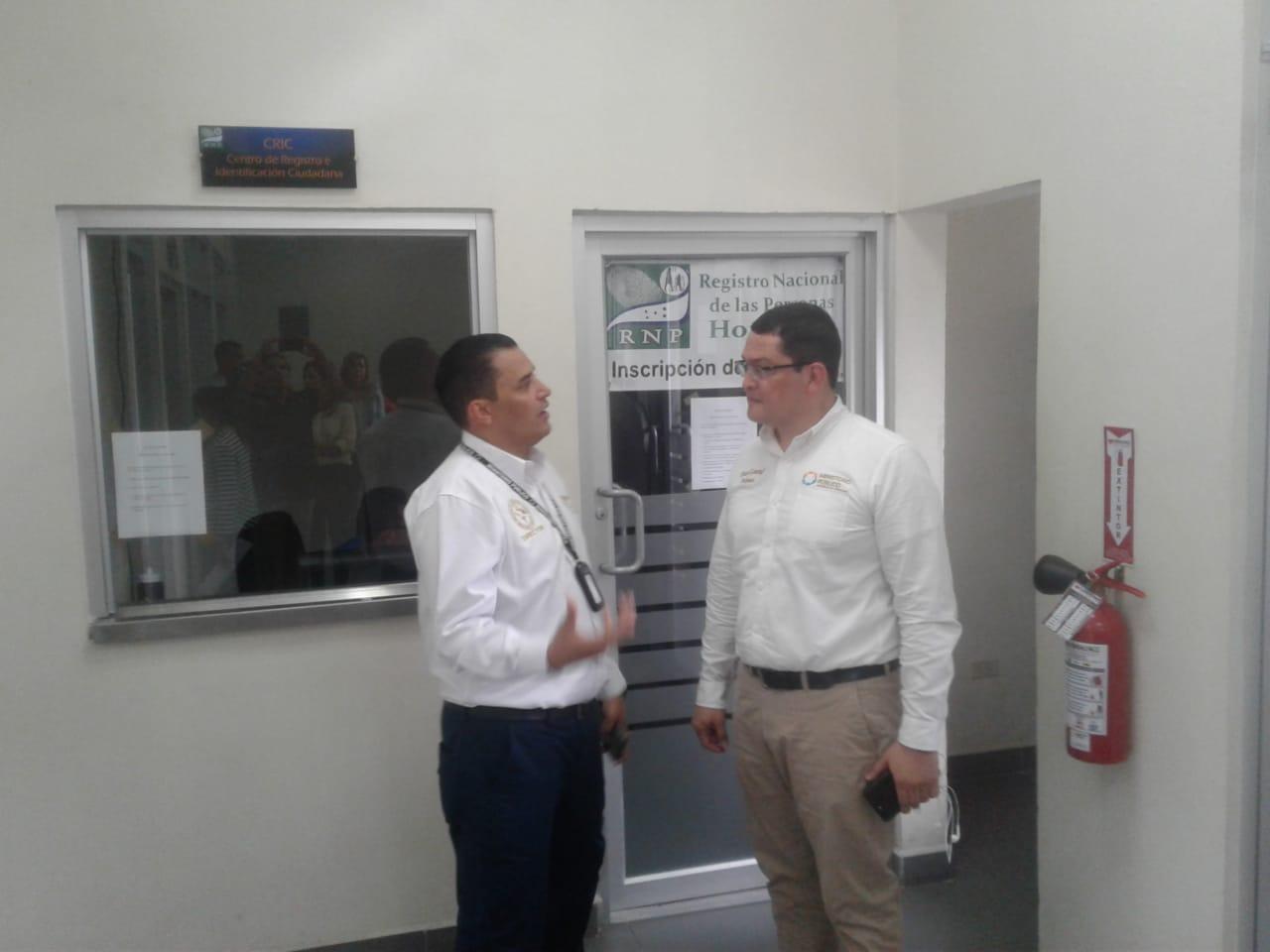 visita Fiscal Adjunto a oficina del CRIC en SPS 1