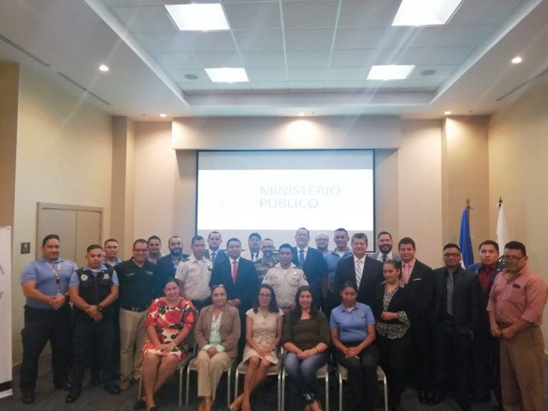 Expertos imparten taller binacional sobre trata de personas y tráfico ilícito de migrantes dirigido a operadores de justicia