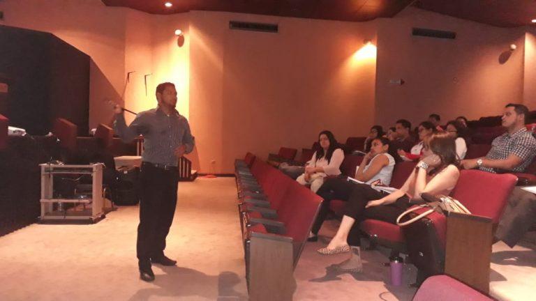 Foto curso de induccion a Medicos Forenses