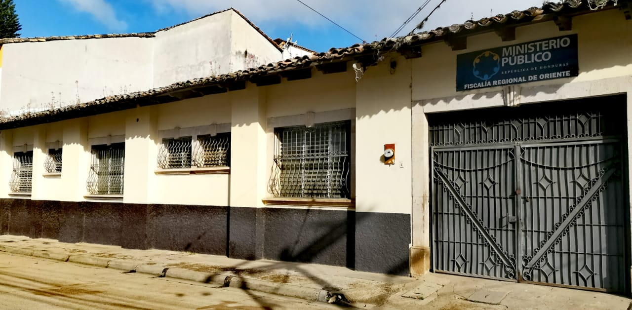 FACHADA FISCALÍA REGIONAL DE ORIENTE 4