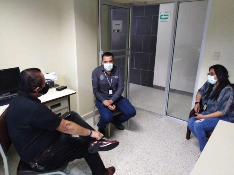 REUNIÓN DR. RAUDALES PRESIDENTE CPH MUERTE PERIODISTA COMAY