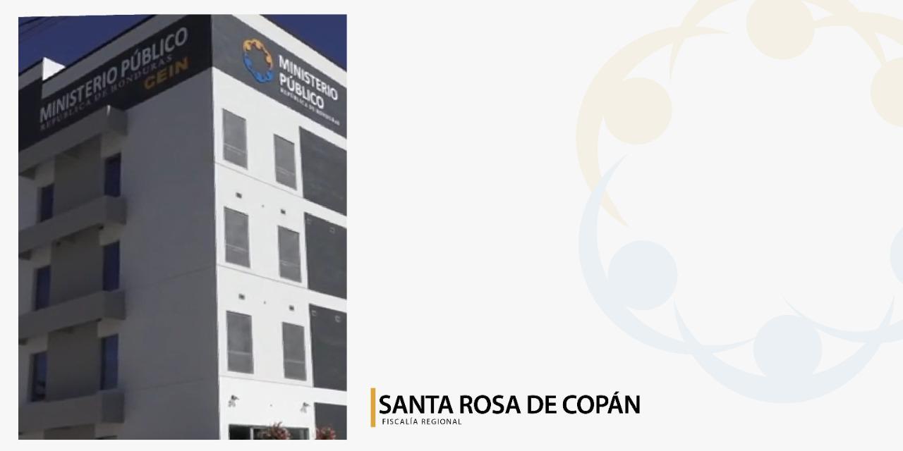 FACHADA SANTA ROSA DE COPÁN ARTEjpg